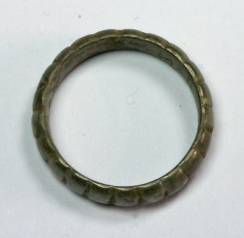 "Antiker Ring ""Kerben"""
